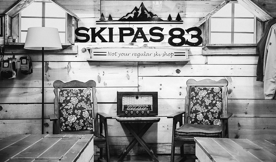 Ski Pas 83 Inside Chair old style